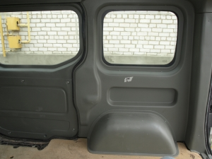 Opel Vivaro накладка на колеса (правая) Турция